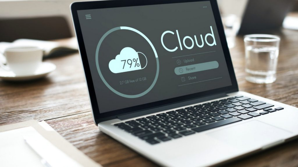 Cloud-Computing-Storage.image flash Flash Storage vs. Cloud Storage Cloud Computing Storage Data Share Concept the cloud ss feature 1024x573